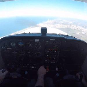 שיעור טיסה בססנה 172